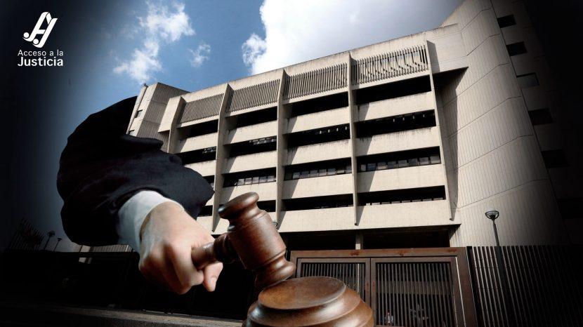 No puede acumularse la demanda de desalojo con reclamación de daños y perjuicios en materia de arrendamiento